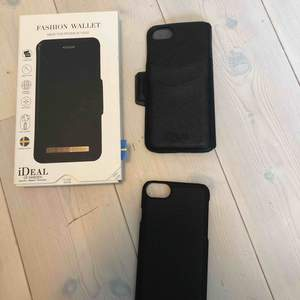Nypris: 399kr, bra skick. Passar iPhone 6, 6s, 7 & 8. Ideal of sweden skal, allt på bilden medföljer, svart magnetiskt skal, plånbokafodral, box.  Magnet plånboks fodral, fästs med magnetism. Alla ideal off swedens skal går att använda till skalet