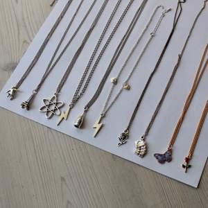 Halsband med olika motiv<3                                               69kr frakt:11:-