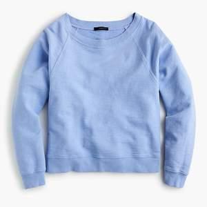 ljus blå sweater, använt men i bra skick, skön, priset kan diskuteras
