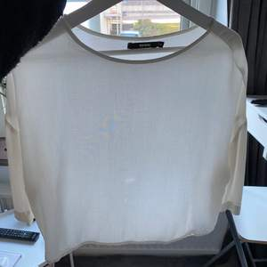 Tunn tröja från Bikbok, storlek XS men passar S me