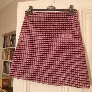 Drömmig kjol från ONE MORE STORY! 💕 Nypris 600 kr, aldrig använd! Stretchigt material. Tar Swish 🌷