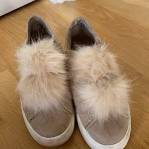 Säljer en av mina favorit skor från Steve Madden. Säljer på grund av flytt.