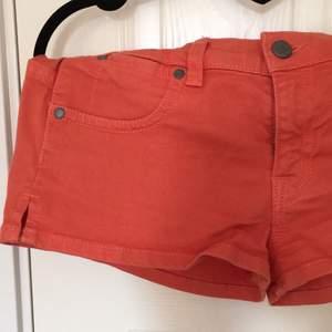 Rost-orangea shorts från zoul, köpta på MQ, aldrig använda