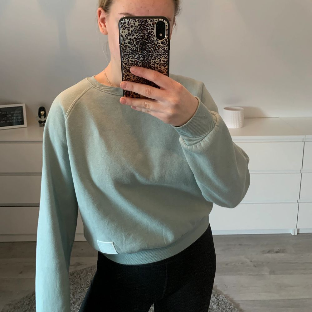 Mintgröna sweatshirt. Storlek s. . Tröjor & Koftor.