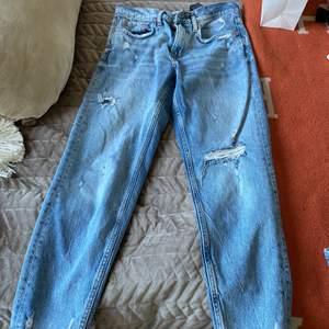 Zara mom jeans, stl 36.