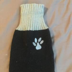 Söt tröja för katter, köparen står för frakt