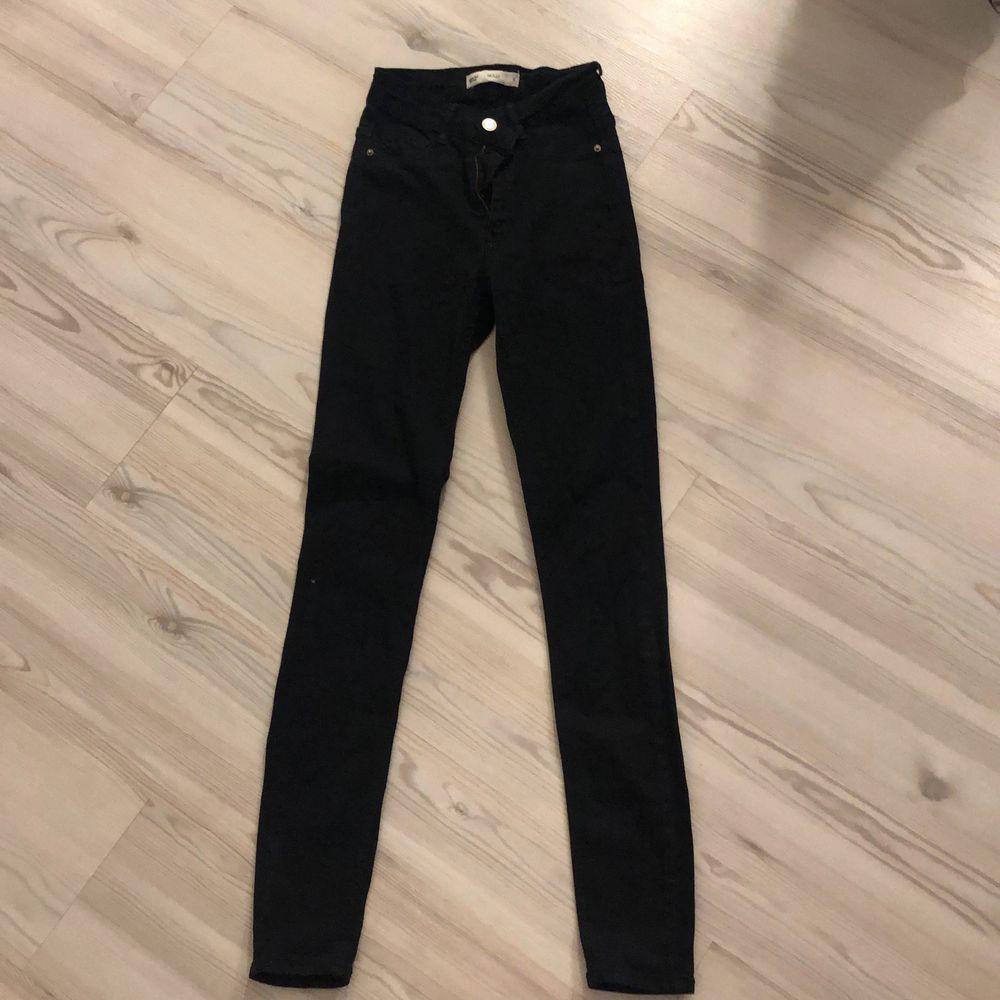 har använt en gång . Jeans & Byxor.