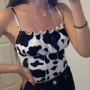 completely new💕 trendy cow printt and soft stretchy materiall~~~