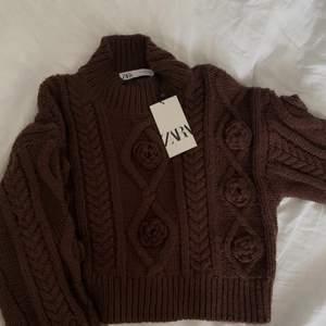 En nyköpt stickad tröja från zara som aldrig använts.