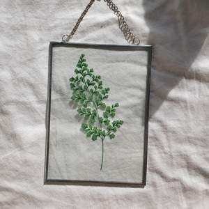 Så fin väggprydnad med växt 🌿 Skickar gärna fler bilder och frakten tillkommer på 45 kr!