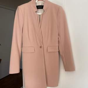 Söt rosa kappa från Zara, perfekt nu till våren 🌷