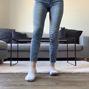 Raka jeans