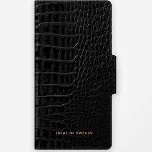IDealOfSweden plånbokfodral Till iPhone 11 PRO MAX Aldrig använd!! Nypris: 399kr Mitt pris 70kr Frakt kan tillkomma!