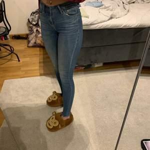 Blåa jeans från crocker