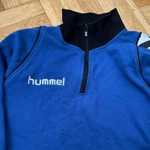 En assnygg tröja från hummel!!!!
