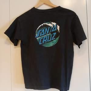 Vintage Santa Cruz t-shirt. Inget tryck på framsidan