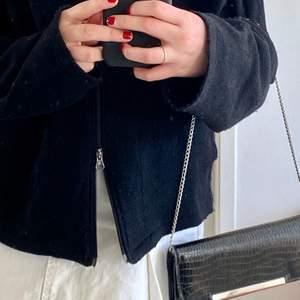Så fin liten väska, funkar perfekt på axeln! 💕