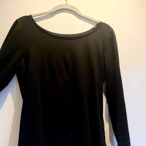 Helt vanlig simpel tröja som är skit snygg!