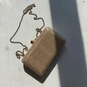 Forever new - Liten handväska för festliga tillfällen
