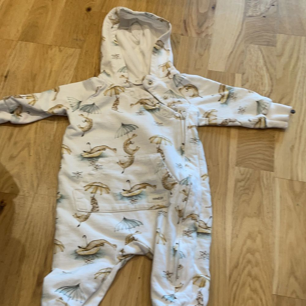 Bebis kläder . Övrigt.