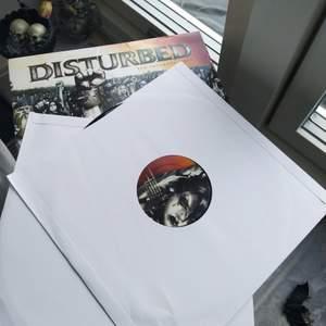 Disturbed Vinyl skivor (2 st), albumet Ten Thousand Fists. köpt ny, ospelade skivor!