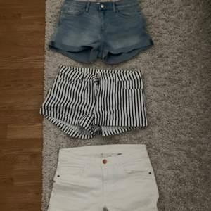 Tre olika par shorts. Jätte fina och sköna. 1 för 40 eller 3 för 100