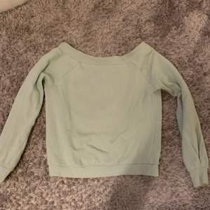 Super fin ljus grön sweatshirt as snygg nu på sommaren , Köparen står för frakt ❤️