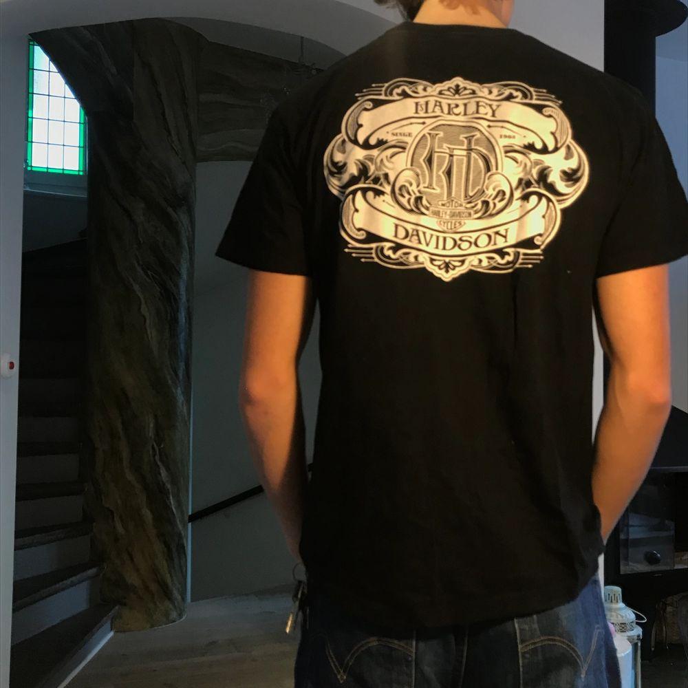 Äkta Harley T-shirt . T-shirts.