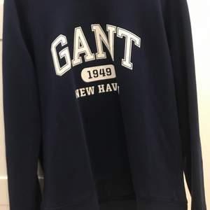 Marinblå gant tröja helt ny aldrig använt i storlek M dam
