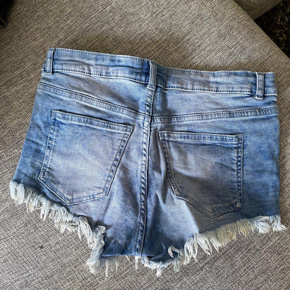 Shorts i bra skick, stretchiga. Shorts.