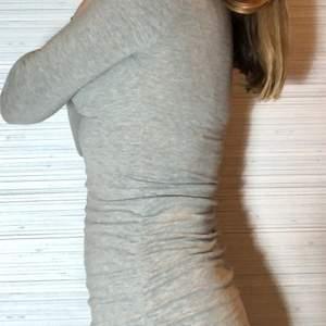 Säljer denna superfina klänningen för 120 kr +frakt!🤎köpte den för 400 kr!