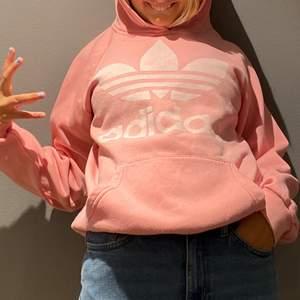 Rosa hoodie, svin skön och snygg