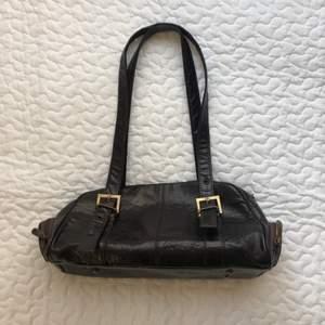 Brun vintage väska som är köpt secondhand, 100kr + frakt 🧚🏻♀️