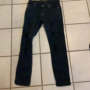 Clean tiger jeans size 30 lite skinny