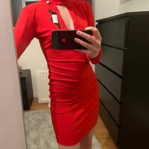 Helt ny klänning, prislapp kvar! 💓