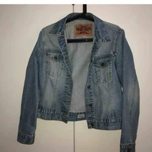 jeansjacka från Crocker, 150kr +frakt