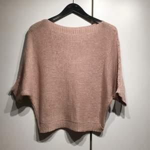 Rosa stickad tröja, 50kr + frakt