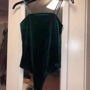 Grön body från bikbok, storlek XS!