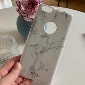 iPhone 6/6S + skal från ideal of sweden. Magnet på baksidan som de flesta ideal of sweden skalen har. Väldigt fint och aldrig använt. Betalning sker via swish.🤍🤍 kontakta mig vid intresse