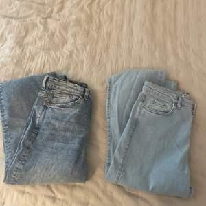 Jag säljer två oanvända jeans från Monki och Madlady för 400kr tillsammans. Det går även att köpa ett par för 250kr. De mörka är i storlek W:27 och de ljusa i storlek 36. Jag står för frakten.