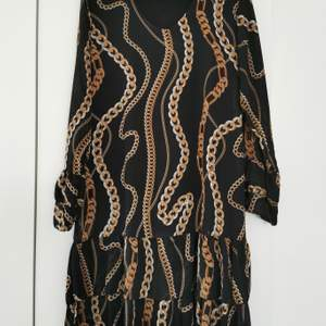 Made in Italy klänning. Storlek M.