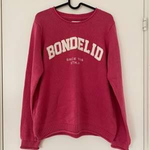 Jättefin stickad tröja från Bondelid. Stoleke M. Köparen står för frakt💗