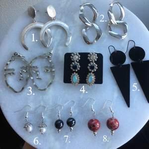 Säljer lite olika örhängen! De översta 6 örhängerna är från olika butiker och de tre sista är handgjorda i nickelfritt stål! 50kr per örhänge! Skriv till mig privat om du har frågor (frakt: 12kr) 🌸