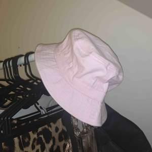 Baby rosa bucket hatt 🍼