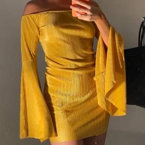 Använd en gång! Supercool klänning från Nelly