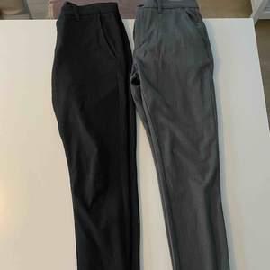 Mjuka kostymbyxor från  Tailor Originals. Till vänster: 31/32. Till höger 32/34