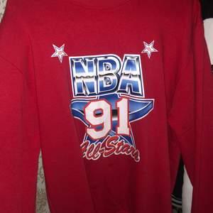 Vintage NBA sweatshirt från 1991 Storlek S priset kan diskuteras vid snabb affär