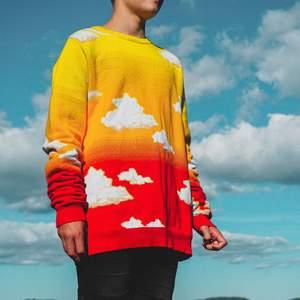 (PRE-ORDER) Stickad tröja i 100% bomull. Från mitt egna klädmärke, förbeställ innan de tar slut! Finns på www.keumacs.com