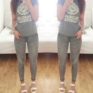 Super snygga o stretchiga jeans från hm, storlek xs