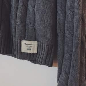 Sparsamt använd tröja från Bondelid. Superskön!! Nypris: 800kr